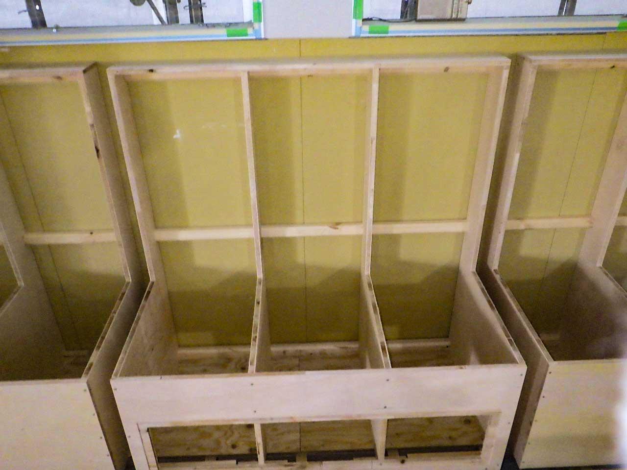 クッションベンチの木枠