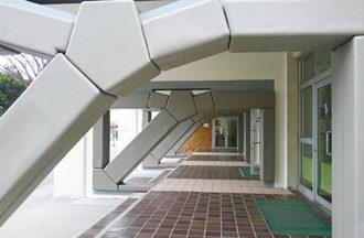 超速硬化ウレタン吹付けの屋外用防護マット